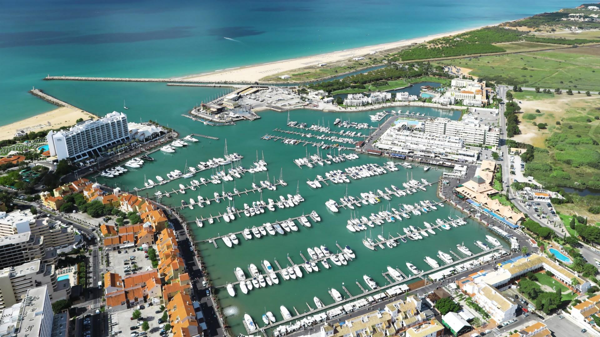 Marina-vilamoura-aerial-view