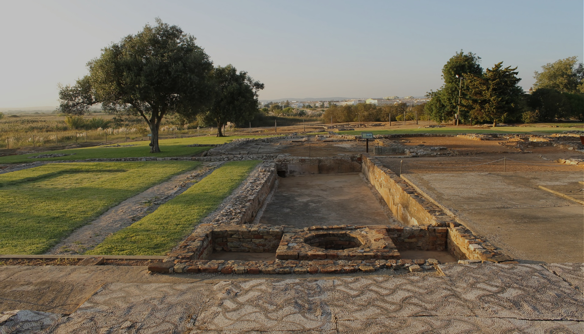 Cerro-da-Vila-Archaeological-site